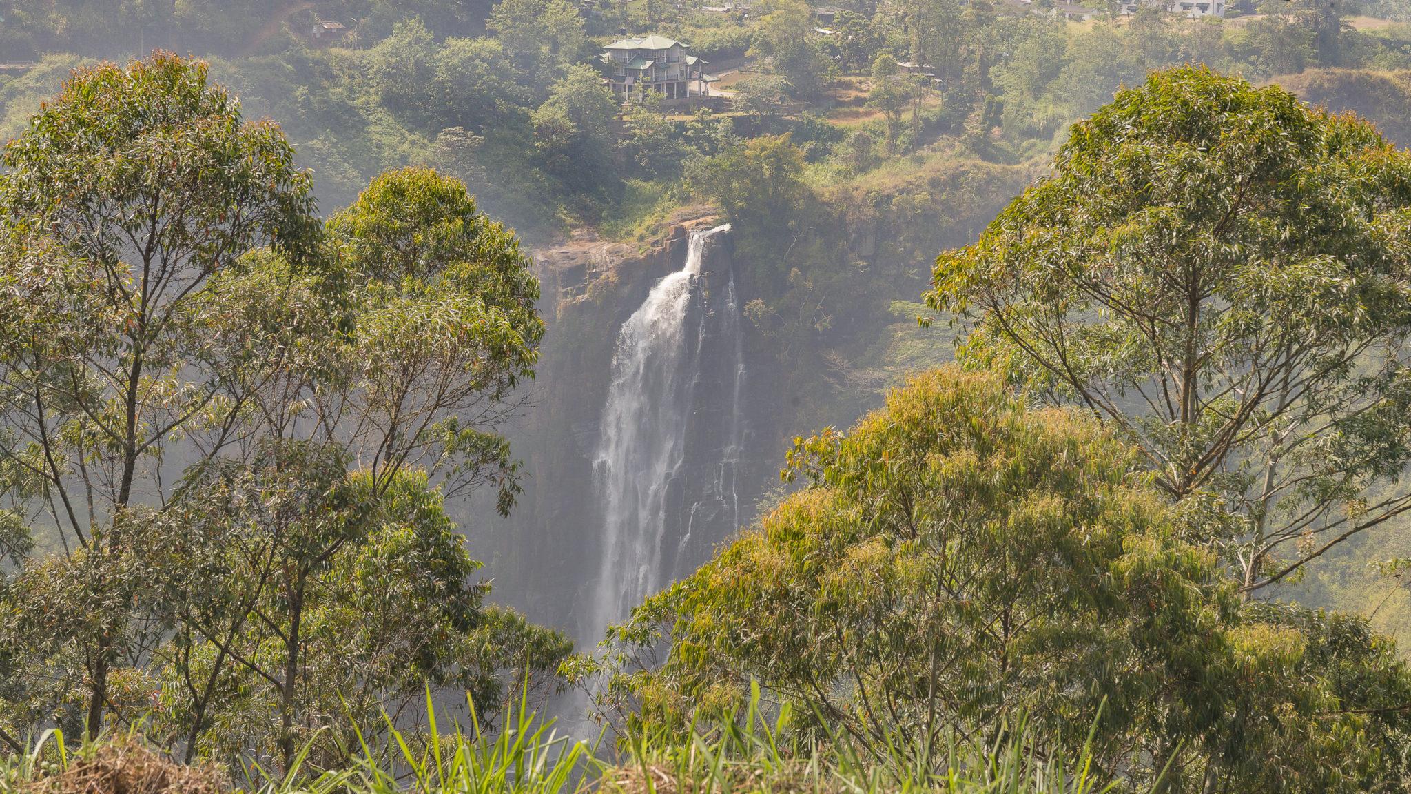 Devon Falls (Höhe 238 m)